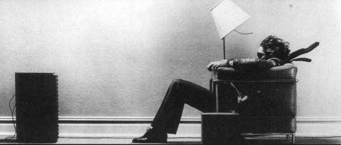 Photo de la publicité Hitachi Maxell prise en 1978 par Steven Steigman illustrant Blown Away Guy