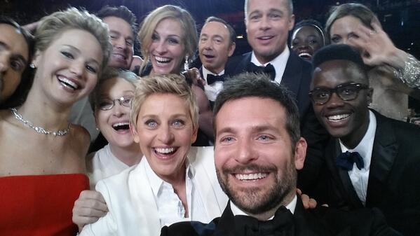 Photo selfie d'Ellen Degeneres pendant les oscars de 2014