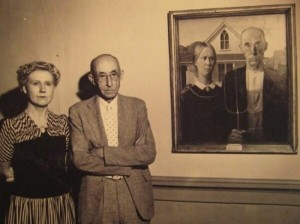 photo_american_gothic_1930_grant_wood_couple